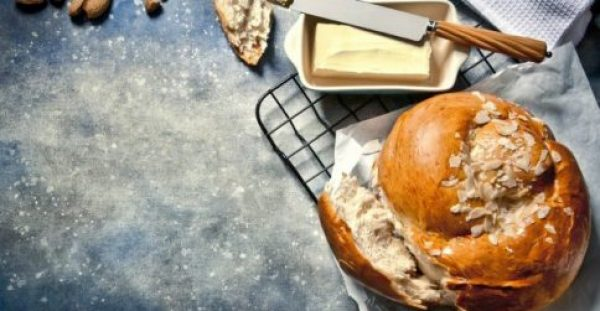 Φτιάξτε το πιο Νόστιμο Πασχαλινό Τσουρέκι με Συνταγή της Martha Stewart!