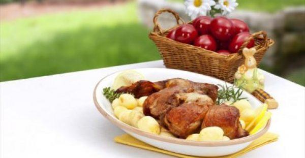 Πασχαλινό τραπέζι: οδηγίες για να φάμε σωστά και απολαυστικά, χωρίς στερήσεις