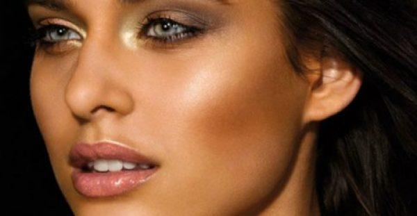 Πως θα κάνεις το τέλειο καλοκαιρινό bronze μακιγιάζ (ΒΙΝΤΕΟ)