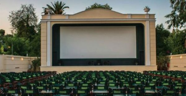 Μήπως το θερινό σινεμά παχαίνει;