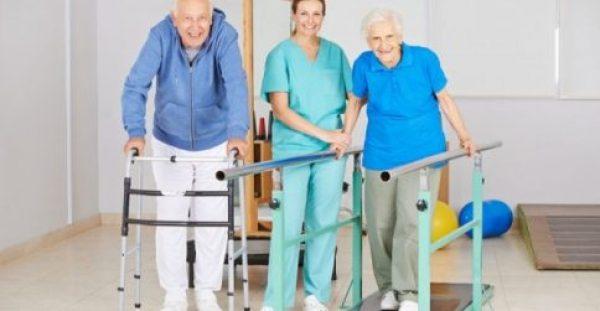 Παγκόσμια Ημέρα Φυσικοθεραπείας: Οι φυσικοθεραπευτές, στήριγμα κατά της γήρανσης & της άνοιας
