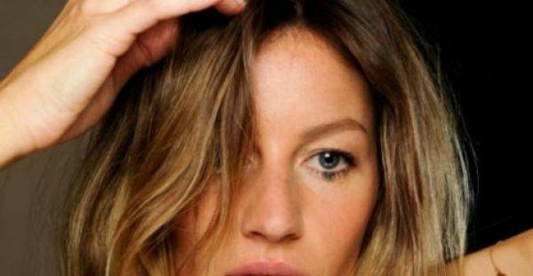 Απίστευτο κόλπο! Κάνε αυτό και τα μαλλιά σου δεν θα λαδώσουν ποτέ ξανά!