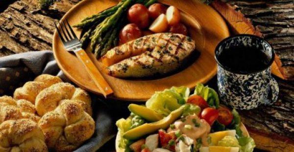 Τρεις τροφές που χορταίνουν αλλά δεν παχαίνουν