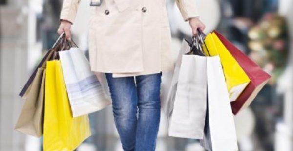 8 Ακριβά Πράγματα που θα τα Βρείτε Πολύ Φθηνότερα τον Ιανουάριο