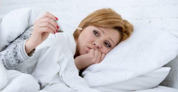 Καλπάζει η εποχική γρίπη: 26 νεκροί και 135 σε ΜΕΘ