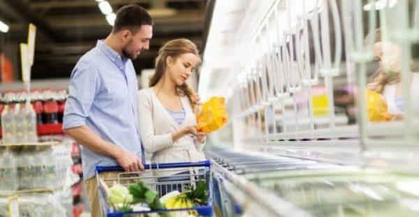 Φρέσκα ή κατεψυγμένα τρόφιμα; Ποια είναι η σωστή επιλογή σε κάθε περίπτωση