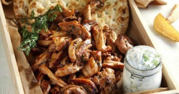 Φτιάξτε τον πιο Νόστιμο Γύρο Κοτόπουλο για να Γιορτάσετε στο Σπίτι την Τσικνοπέμπτη