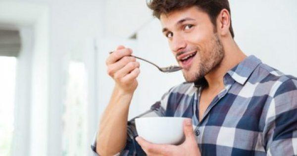 Οι πρωινές τροφές που θα δώσουν ώθηση στην ημέρα σου