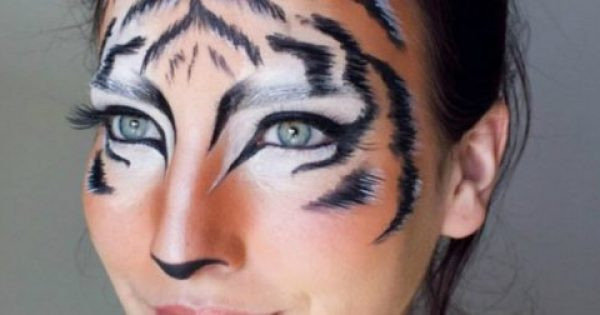 Αποκριάτικο μακιγιάζ: Δείτε πώς θα το κάνετε μόνες μας εύκολα και χωρίς να ξοδέψετε σχεδόν τίποτα