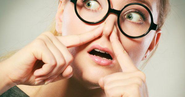 Κακοσμία στόματος: Πού οφείλεται και πώς αντιμετωπίζεται;