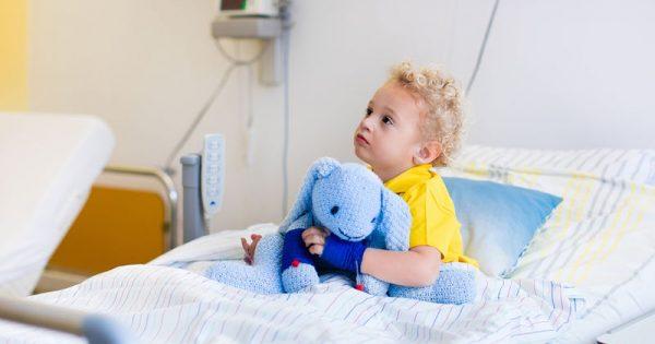 Παιδικός Καρκίνος: Προσλήψεις & πρόσβαση σε θεραπείες, ώστε να μείνουν οι ασθενείς στην Ελλάδα
