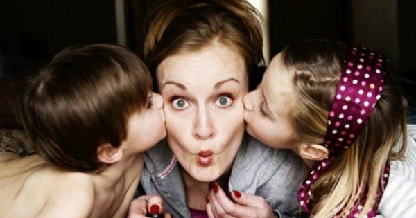 Αυτά Είναι τα πιο Βρώμικα Πράγματα που Αγγίζουν τα Παιδιά σας Κάθε Μέρα!