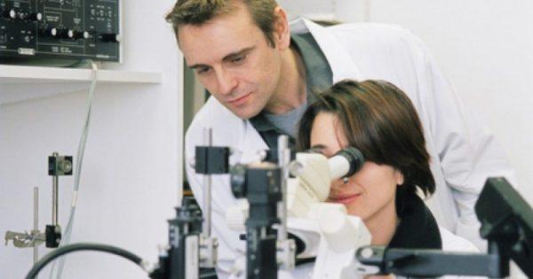 Πάρκινσον: Βιοψία δέρματος το αποκαλύπτει χρόνια πριν εκδηλωθεί
