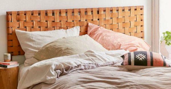 Μαστορέματα Σαββάτου: Φτιάξτε Εύκολα ένα Ιδιαίτερο Κεφαλάρι για το Κρεβάτι σας