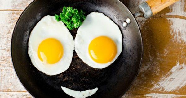 Μην κάνετε λάθος με τα αυγά στο μαγείρεμα – Ο υγιεινός τρόπος να τα τρώτε