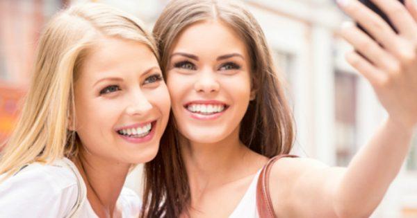 Για να φαίνεσαι θεά: Αυτά είναι τα βήματα για να πετύχεις το απόλυτο μακιγιάζ για το instagram