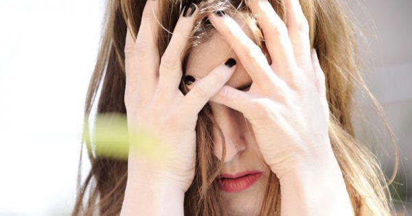Κατάθλιψη: 5 παράγοντες κινδύνου που σχετίζονται με την ηλικία