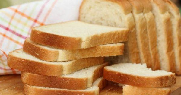 DIY: Φτιάξτε το πιο Τέλειο Κέικ με Ψωμί του Τοστ (VIDEO)