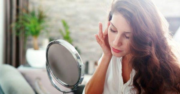 Κάντε την πιο Αποτελεσματική Αποτοξινωτική Μάσκα Προσώπου με ΑΥΤΑ τα Υλικά
