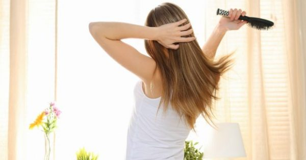 Το «Μαγικό» Κόλπο για να Μακρύνουν Αστραπιαία τα Μαλλιά σας!