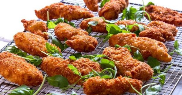 Η Συνταγή της Κυριακής: Σνίτσελ Κοτόπουλο