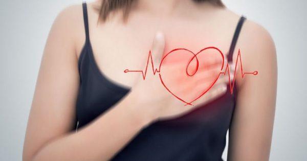 Καρδιακή ανεπάρκεια: 2 παράγοντες που αυξάνουν τον κίνδυνο στις γυναίκες