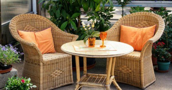 Τα πιο Έξυπνα Tips για να Διατηρείτε το Μπαλκόνι σας Πεντακάθαρο για Περισσότερο