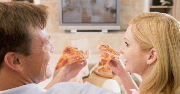 Αδυνάτισμα: Το λάθος που κάνετε με την… τηλεόραση!