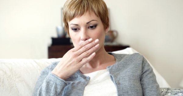 Έχετε διαρκές ρέψιμο και αέρια στομάχου; Δείτε πώς σταματάνε