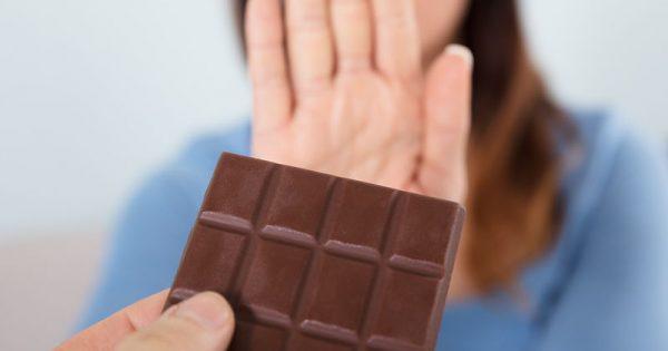 Πώς θα καταλάβετε αν έχετε αλλεργία ή ευαισθησία στη σοκολάτα