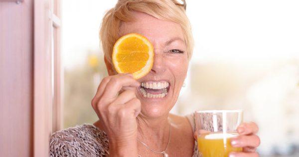 Εμμηνόπαυση: Οι βιταμίνες που βοηθούν στη διαχείριση των συμπτωμάτων