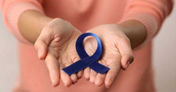 Καρκίνος παχέος εντέρου: Παράγοντες κινδύνου, συμπτώματα & έξι τρόποι να προστατευτείτε