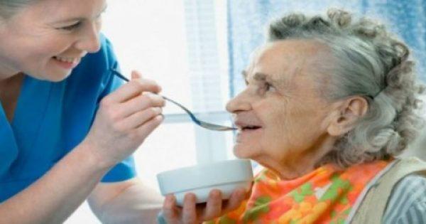 Ανακάλυψαν την ουσία που προλαμβάνει το Αλτσχάιμερ! Τι πρέπει να τρώτε…