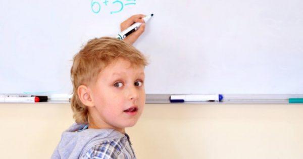 Οι αριστερόχειρες είναι καλύτεροι στα Μαθηματικά από τους δεξιόχειρες!