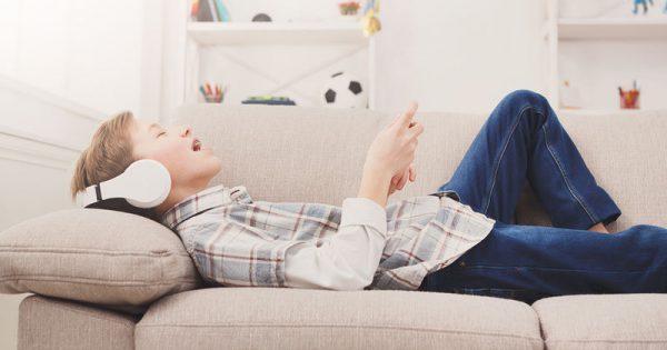 Όλο και λιγότερο ασκούνται οι νέοι – Οι επιπτώσεις της σωματικής αδράνειας στην υγεία τους