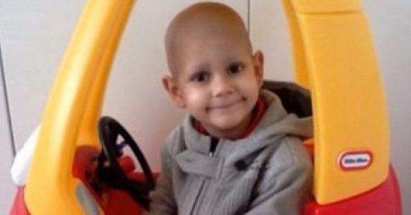 Η οικογένεια του μικρού Βαγγέλη προσφέρει μέρος των χρημάτων από τον έρανο σε Σύλλογο Καρκινοπαθών του Έβρου