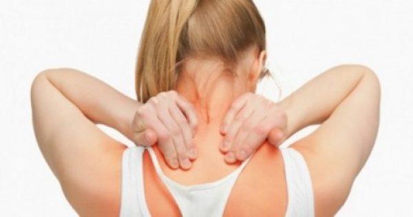 Πόνοι στον αυχένα: Πώς θα τους προλάβετε