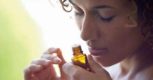 Όλες Οι Γυναίκες Άνω Των 40 Πρέπει Να Χρησιμοποιούν Αυτό Το Αιθέριο Έλαιο Κάθε Μέρα! 8 Σημαντικοί Λόγοι