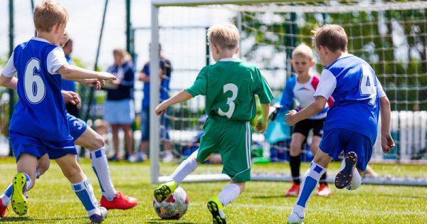 Γιατί το ποδόσφαιρο είναι το καλύτερο άθλημα για τα αγόρια