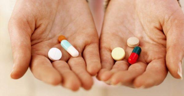 Γιατί δεν πρέπει να παίρνουμε επί μήνες φάρμακα για τις καούρες