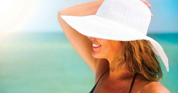 Πώς θα προστατευθείτε από 6 συνηθισμένα καλοκαιρινά προβλήματα του δέρματος