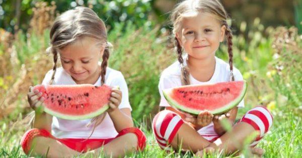 Έξυπνα Tips & Tricks: Λύστε μια και Καλή το Θέμα των Λεκέδων στα Παιδικά Ρούχα