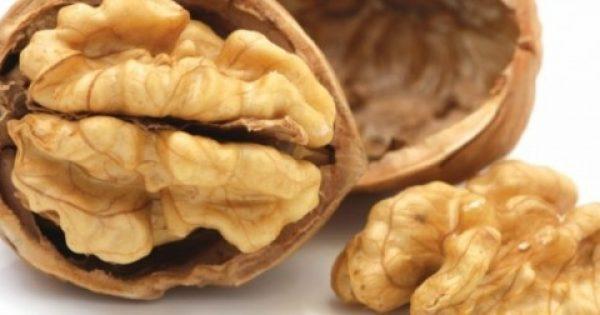 Έρευνα: Φάτε 5 καρύδια και περιμένετε για 4 ώρες – Θα εκπλαγείτε με το αποτέλεσμα