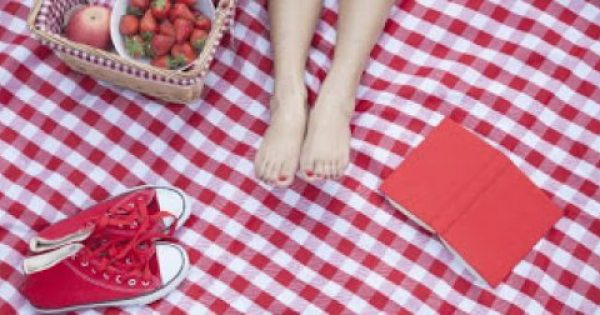 10 πανεύκολα και οικονομικά Tips για το πιο τέλειο καλοκαιρινό πικνίκ