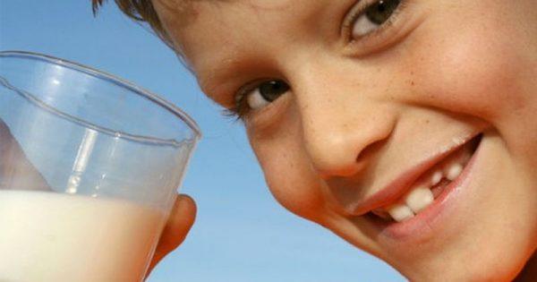 Η αλλεργία του παιδιού στο γάλα είναι το ίδιο επικίνδυνη με τη δυσανεξία στη λακτόζη;