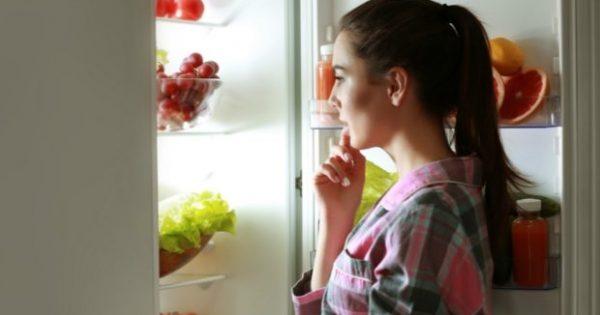 Αυτές οι 4 Βραδινές Συνήθειες Προσθέτουν Κιλά