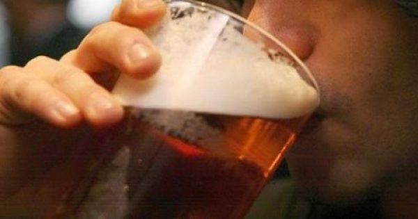 Το λίγο αλκοόλ είναι… καλύτερο από το καθόλου