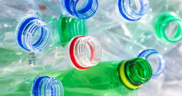 Προσοχή: Μην ξαναχρησιμοποιείτε τα πλαστικά μπουκάλια  Δείτε γιατί!!!