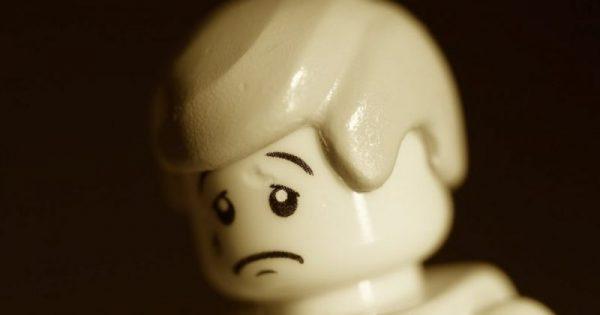 Με το να στενοχωριέσαι δε λύνονται τα προβλήματα, δε γίνεται καλύτερη η ζωή.