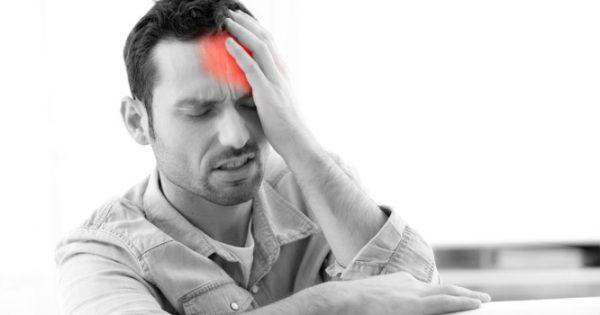 Πονοκέφαλος στην αριστερή πλευρά: Τι σημαίνει και τι να κάνετε – Προσοχή!